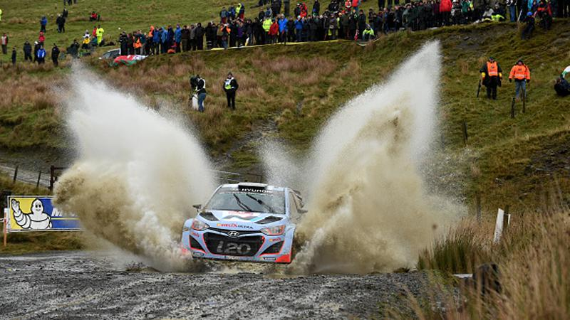 Piste boueuse_Rally_Wales_2015