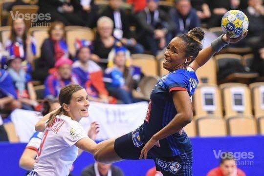 Estelle Nze Minko marque 5 buts
